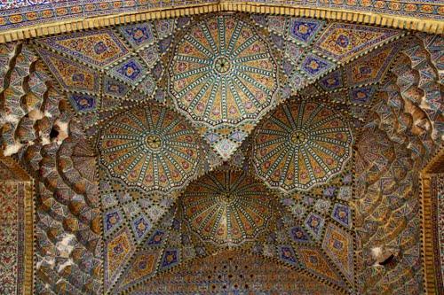 85880470221578781691305083653 مسجد مشیرالملک شیراز
