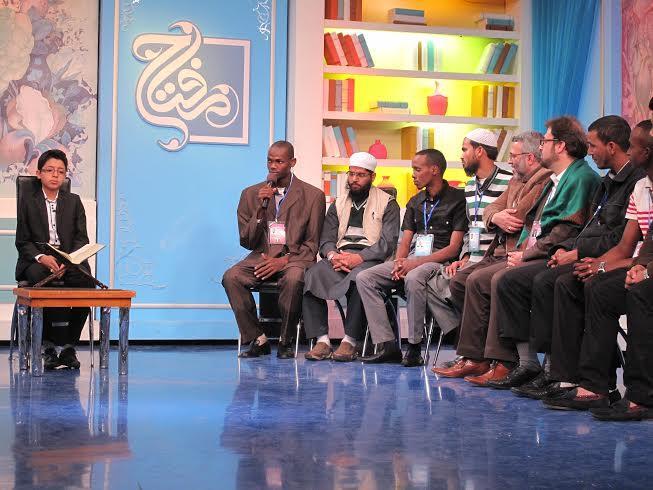گزارشی از حضور متسابقان در برنامه «مفتاح»/ هنرنمایی حافظان و قاریان خردسال