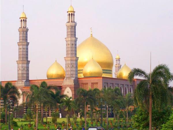 نگاهی-به-زیباترین-مساجد-در-اندونزی
