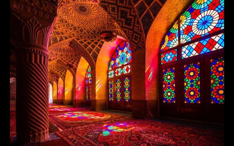 فهرست-زیباترین-مساجد-دنیا-از-دیدگاه-روزنامه-بریتانیایی