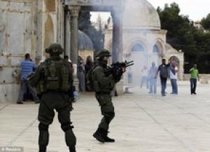 Le-r%c3%a9gime-sioniste-emp%c3%aache-les-musulmans-de-se-rendre-%c3%a0-la-mosqu%c3%a9e-Al-Aqsa
